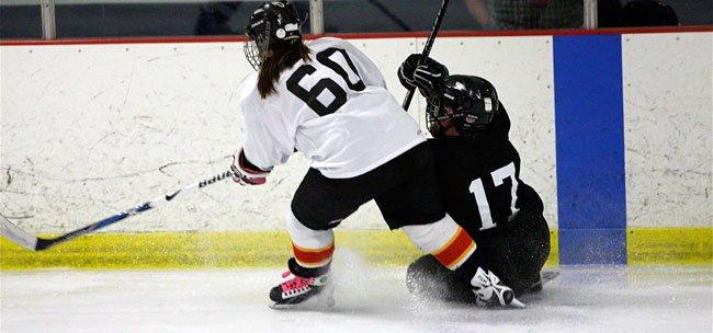 Play Hockey Like a Girl!